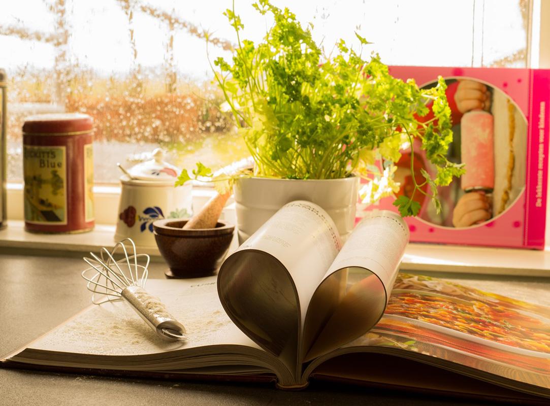 Bild Pixabay von Skitterphoto Tintentick Kochbücher Vorschau 2019