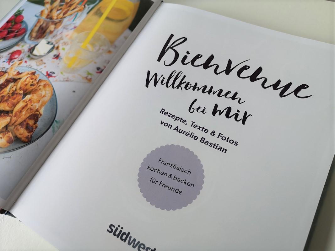 Aurelie Bastian Bienvenue Südwest Buchseite Foto Tintentick Blog